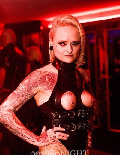 Mistress Sinister auf der Passion Night
