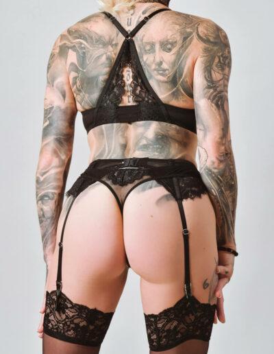 Mistress Sinister Rückentattoo